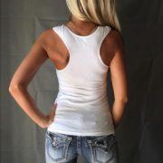 Dámské tílko s krajkou na prsou - bílá