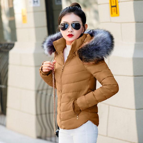 Dámská zimní bunda s kožichem - hnědá