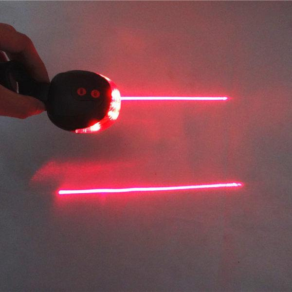 Zadní světlo s laserem na koloZadní světlo s laserem na kolo